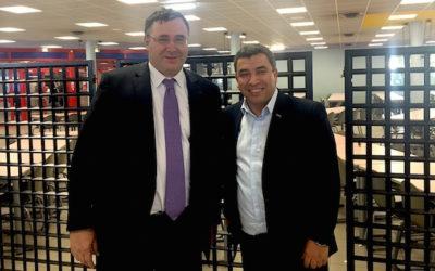 Patrick Pouyanné, patron de Total, en visite à Alès